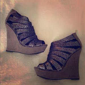 Shoe Dazzle Gray Sparkle Wedge Sandals